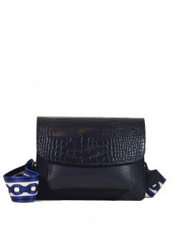 Шкіряна жіноча сумка через плече з широкою шлейкою 93921B